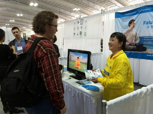 Falun Gong practitioners in New York set up a booth at the Green Festival in the Javits Center.