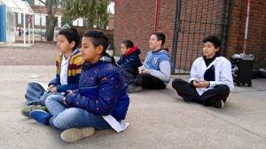 A fourth grade student commented on the extra energy the practice of Falun Gong provided him.