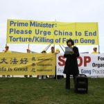 Falun Gong practitioners call upon the Prime Minister for help.