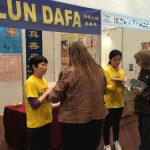 People were interested in learning about the benefits of the practice and wanted to know about the ongoing persecution of Falun Gong in China.