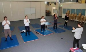 Students learning the Falun Dafa exercises (screenshot of The Stawell Times-News website)
