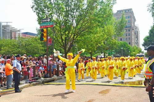 Waist drum team performs in the Independence Day Parade in Philadelphia.