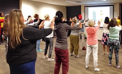 People learning Falun Gong in Adelaide's Thebarton Community Center.