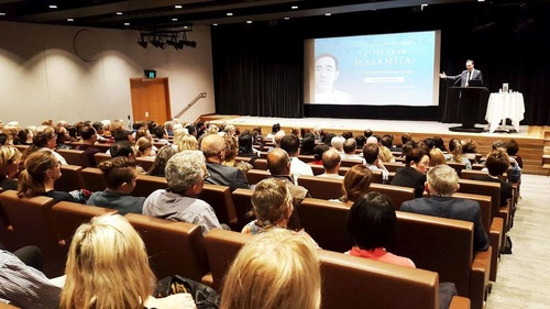 David Shoebridge, member of the New South Wales Legislative Council, hosts the screening of the documentary film Letter from Masanjia.