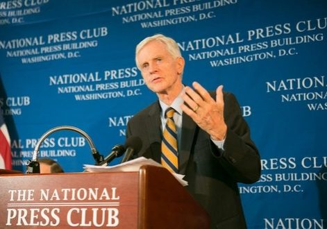 David Kilgour, former Canadian Secretary of State for Asia-Pacific, led a press conference on the release of their new report at the National Press Club on June 22.