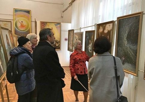 The Art of Zhen Shan Ren International Exhibition in the government office district of Kiev.